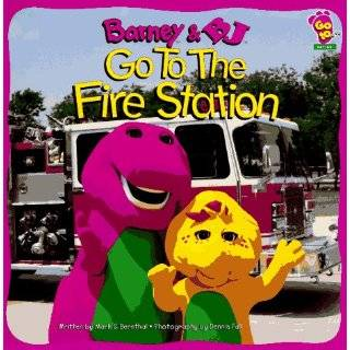 Barney And Baby Bop Go To School (0045986979131
