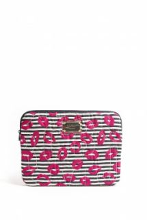 "Marc by Marc Jacobs  Pretty Nylon Lips Print 13"" Computer Case by Marc By Marc Jacobs"