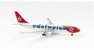Herpa Wings 508377   Airbus 330 200 Edelweiss Air:
