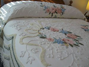 Vintage Antique Cabin Crafts Chenille Bedspread Flower Swag Pure Cotton Fabric
