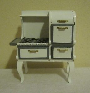 Dollhouse Furniture Stove Miniature Large Old Fashion White Wood Stove Kitchen