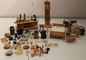 Lot of Dollhouse Furniture and Accessories Miniature Baskets Kitchen Items More