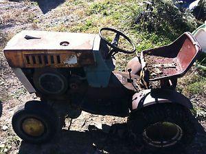 Vintage  Riding Lawn Mower Garden Tractor Suburban SS12