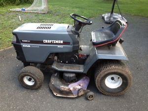 Craftsman Riding Mower Lawn Tractor with Kohler Motor