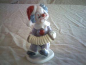 1989 Lefton China 07319 Clown Figurine – See More Photos Inside