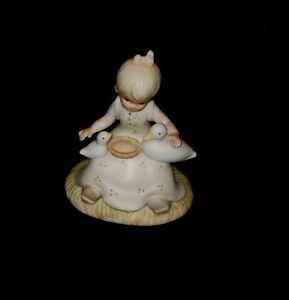 Very Cute Girl Holding Ducks Christopher Collection Lefton Figurine