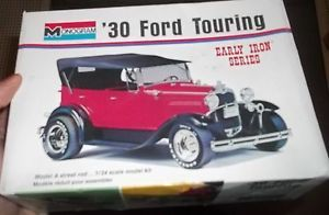 Monogram 1930 Ford Touring 1 24 Model Car Mountain Kit Open