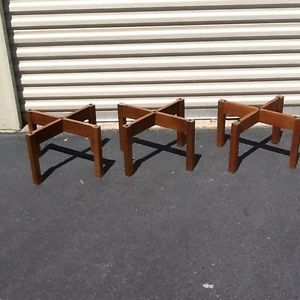 3 Vintage Acoustic Research AR 3 Speakers Walnut Case with Stands