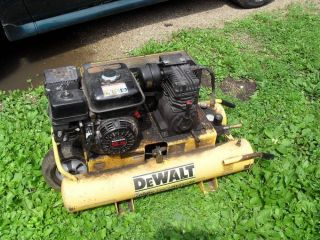 Dewalt 5 5 HP 8 Gallon Gas Wheel Portable Air Compressor