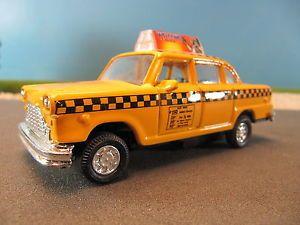Superior Diecast Authentic Checker Yellow Taxi Cab 95592 No Box 1 43