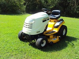 """Cub Cadet Riding Lawn Mower Tractor 42"""" Deck Hydrostat Transmission Low Hours"""