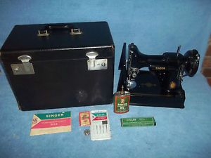 Singer Featherweight 1951 Centennial Edition Serial Number AK624751 w SPL Badge
