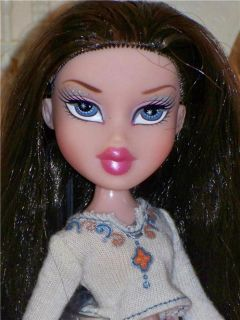 Pretty Very Long Brown Hair Bratz Doll Fully Dressed Snap on Boots 9 5""