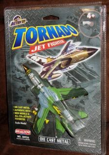 Real Toy Action City Diecast 1 100 Scale Tornado Jet Fighter 38956