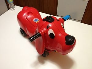 Clifford The Big Red Dog Ride on Toy Scolastic PBS Kids Car