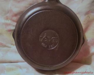 """Cast Iron Lodge Skillet Fry Pan 8"""" Round Made in USA"""