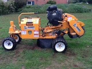 Brush Bandit 2100SP Stump Grinder 35 HP Vanguard Hydraulic Hydrostatic Drive