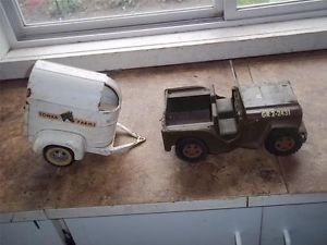 Vtg Pressed Steel Tonka Farms Metal Toy Horse Trailer Military Jeep