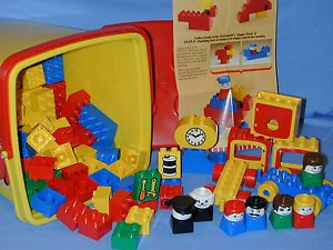 Lego Duplo Lot Preschool Bucket Train Recycle Truck Horse Trailer Base Plate
