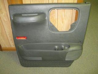03 09 Chevy Kodiak GMC Topkick C4500 C5500 Gray LH Driver Side Door Panel