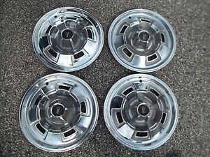 """1967 Plymouth GTX 5 Hubcaps Wheel Covers Mopar Plymouth Hubcaps 14"""" 315"""