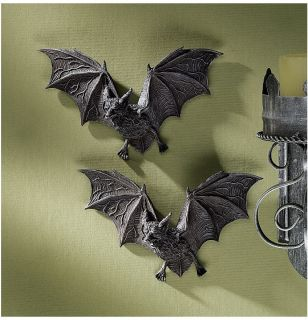 Set of 2 Count Dracula Vampire Bats Halloween Decoration Wall Sculptures Props