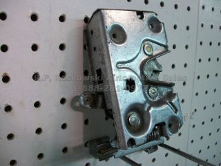 Ford Pickup Truck Door Latch Lock Assembly Left Driver Side F150 F250 Bronco