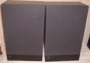 Pair Vintage JBL 82 Large Bookshelf Speakers Titanium Laminate