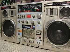 Technisonic Conion TC 999 Ghettoblaster Vintage Boombox w Microphone ll Cool J