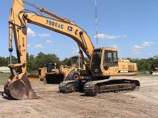 1995 John Deere 790E LC Hydraulic Excavator Track Hoe