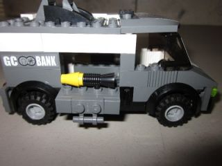 Batman Lego Batmobile Two Face Escape 7781 Armored Truck