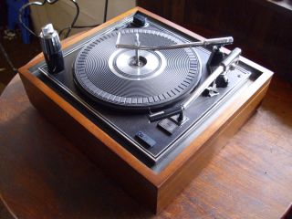 Vintage Magnavox Micromatic Record Player Changer Turntable Serviced and Ready