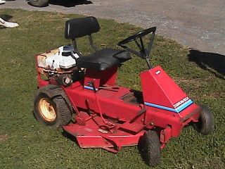 Gravely Rider Tractor Mower 8 H P Briggs Stratton Gas Engine