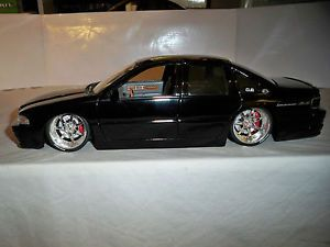 Jada 1 18 Big Ballers 96 Chevy Impala SS with Custom Deep Dish Rims Used No Box