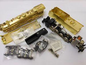 KTM USH Undecorated Brass NYC 2 8 2 H 10B Steam Engine Tender Kit in 2 Rail
