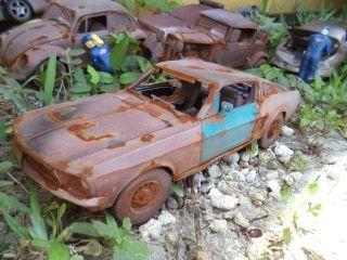 1 18 1968 Ford Mustang GTA Fastback Unrestored Junker Diorama Demolition Derby