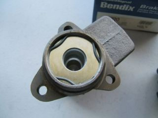 New Bendix 11120 Brake Master Cylinder International Truck