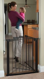 Kidco Auto Close Gateway Pressure Mounted Dog Pet Child Steel Gate Black G1101