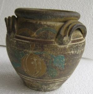 Beautiful Decorative Old Style Clay Pottery Pot