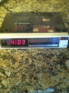 Vintage Retro GE General Electric Space Saver Clock Radio Under Cabinet Cool