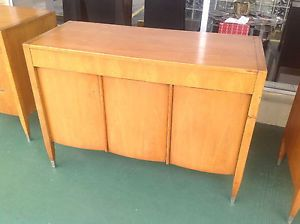Mid Century Modern Credenza Sligh Furniture by Grand Rapids Chair Co