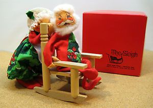 Annalee Mobilitee Dolls Mrs Clause Santa Clause Rocking Chair Christmas Holiday