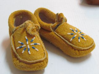 Native American Beaded Moccasins for Baby Unisex 5 inches Cozy Warm