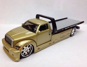 Cool Wheels Flatbed Tow Truck Limited Edition Adult Collectible RARE