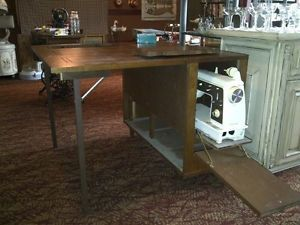 Singer Deluxe Zig Zag Sewing Machine Model 636 in Unique Folding Sewing Table