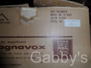 Vintage Magnavox Portable Tape Recorder 1V9023 w Box Manuals Accessories