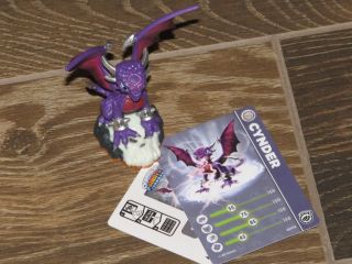 New Skylanders Giants Cynder Figure