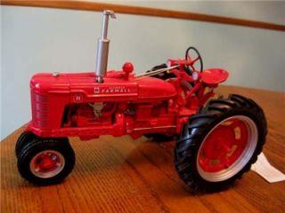Franklin Mint Farmall 1941 Model H Tractor w Original Tag B11YB33