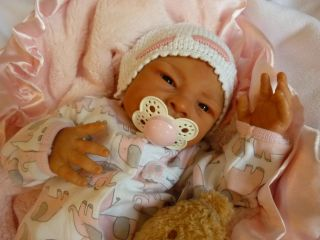 Screaming Reborn Baby Girl Doll Blake The Crier by Jackie Gwin RARE Full Legs