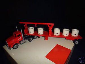 Winross Monarch Concrete Newberrytown PA Tractor w Flatbed Trailer Truck Diecast